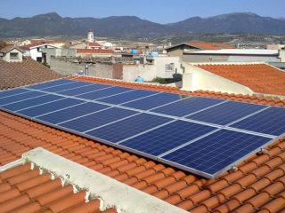 Pannelli fotovoltaici sì o no? Prezzi, rendimento, incentivi